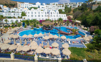 Salmakis resort spa hotel tepeden