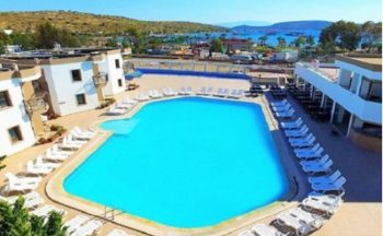 Hira beach hotel havuz