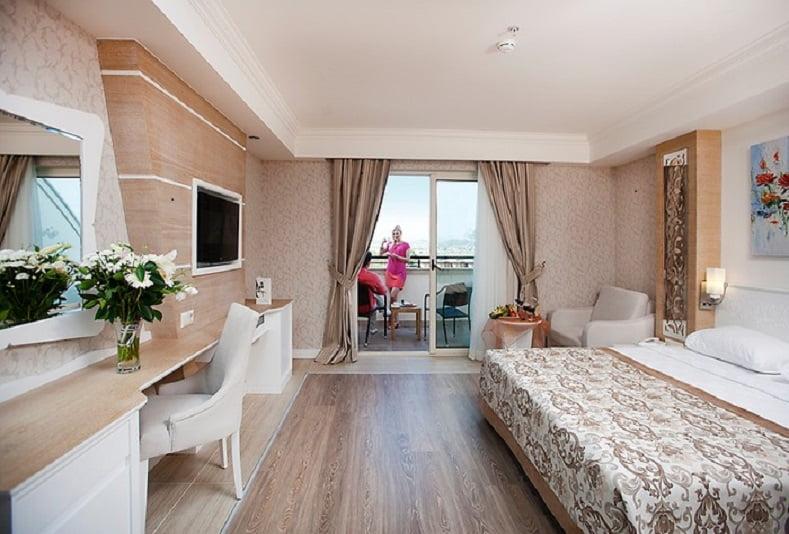 Crystal Sunset Luxury Resort Otel Yorumlari Puanlari Ve